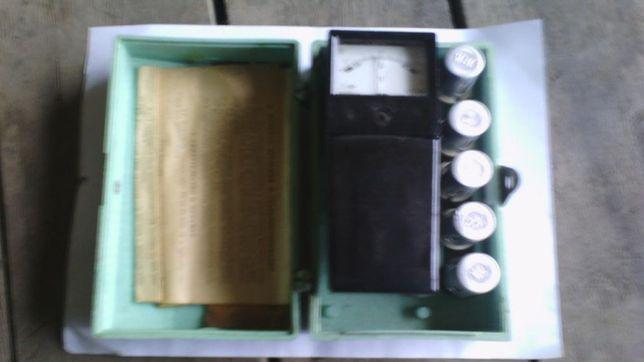 Вольтметр аккумуляторный