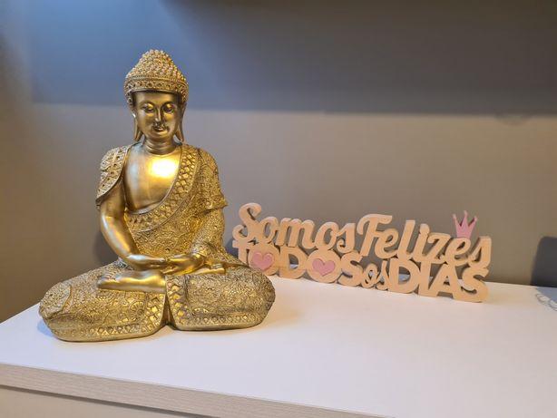 Buda Sentado dourado