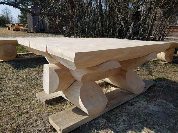 Дерев'яні меблі з колод. Садові столи та лави