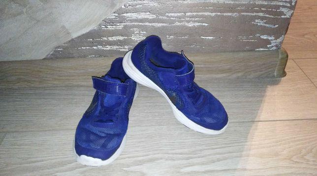 Кроссовки Nike 31.5, стелька 20 см
