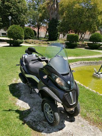 Piaggio 250cc mp3