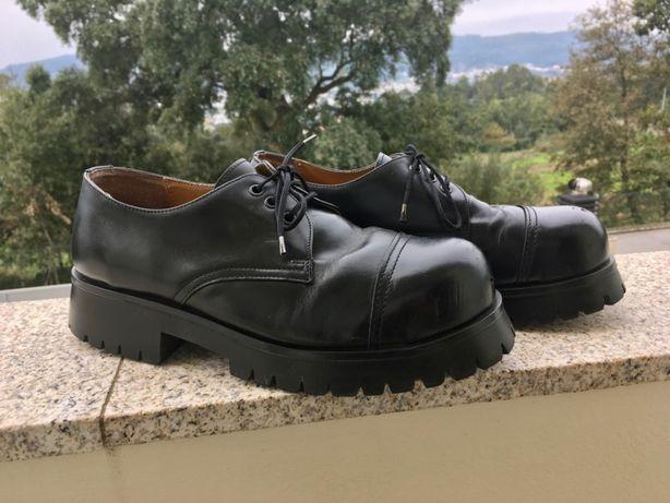 Sapato London Rangers com biqueira de aço sola aparafusada