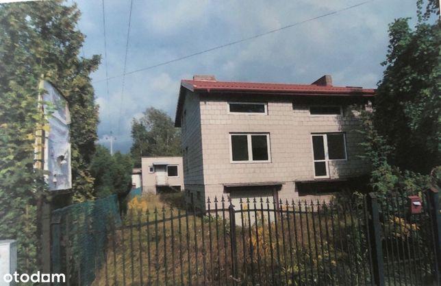 Dom z budynkiem gospod. - garażowym w Zgierzu