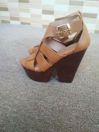 Туфли ботильены босоножки сандали atmosphere