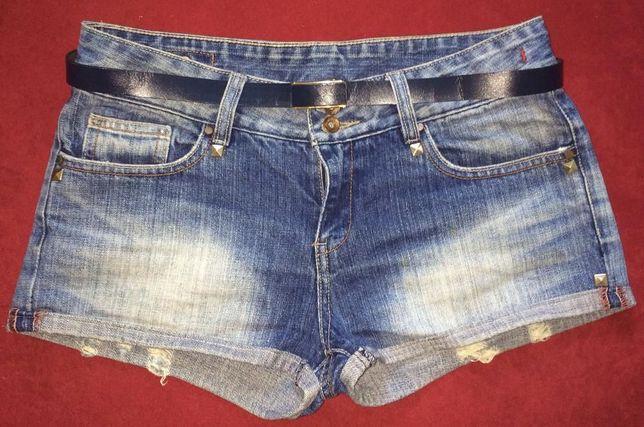 Джинсовые шортики, рванка, шорты модные, размер 10, принт клёпки