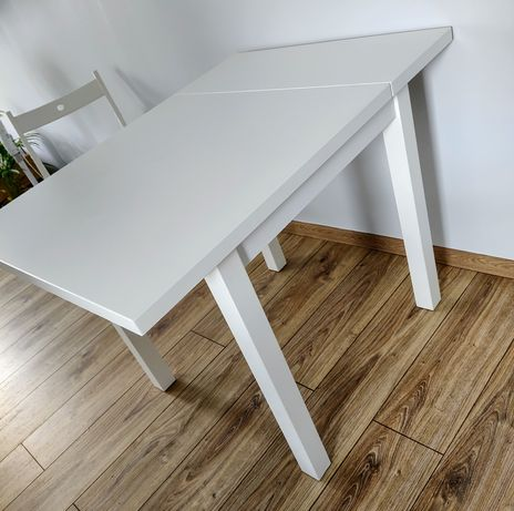 Stół z opuszczanym blatem rozkładany Ikea 74/104x74 biały Nordviken