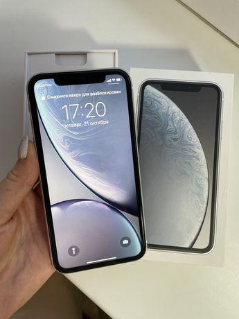 IPhone XR White 64gb + 4 новых чехла