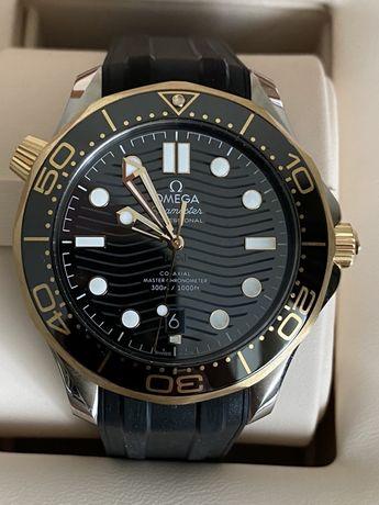 Omega Seamaster Diver 300 M 18kt Gold & Steel Black