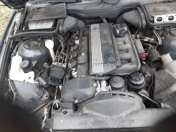 Kompletny silnik 2.8 bmw nie widział gazu