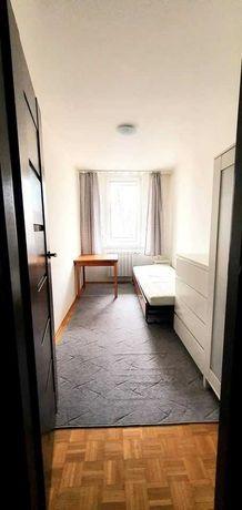 3 oddzielne pokoje na Saskiej Kępie. Z balkonem.