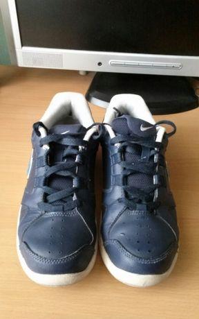Кроссовки Nike, оригинал, кожа 37,5 р.