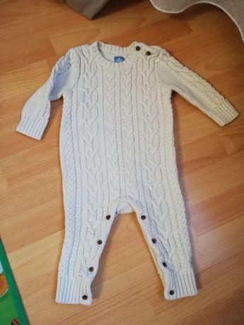Вязаный комбинезон Baby GAP на 6-12 месяцев