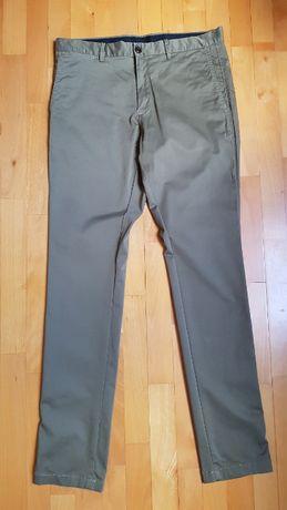 Spodnie Tommy Hilfiger Rozmiar 34x34 ( oliwkowe )