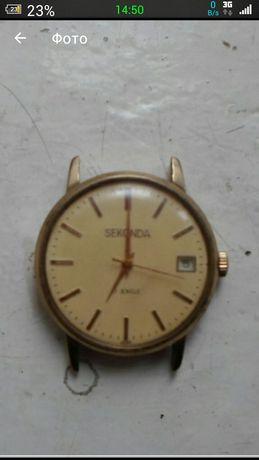 Часы seconda