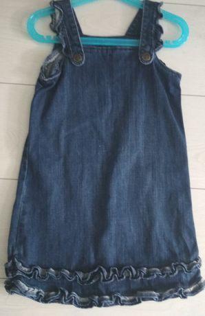 Jeansowa sukienka na szelkach GAP - 3 lata