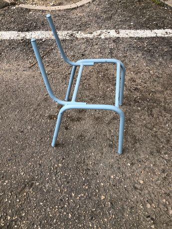 Cadeiras de escola crianças vintage