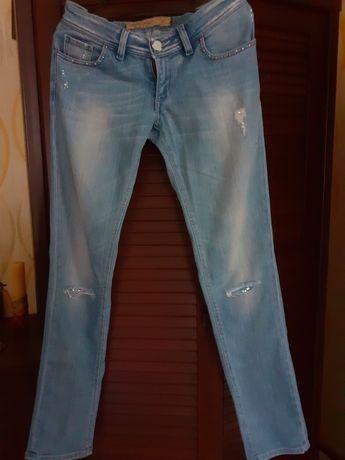 Продам жіночі джинси Rossodisera.