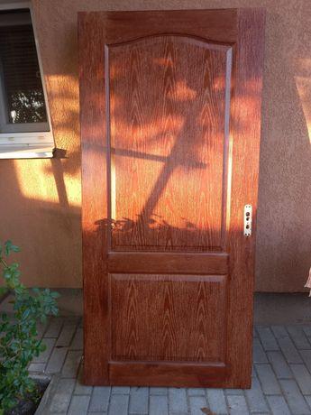 Дверь 900х2000. Б/у.