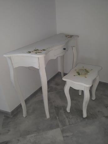 Konsola, stolik, toaletka