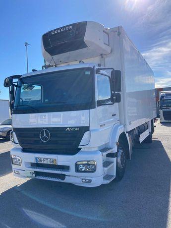 Camião Mercedes 19T- Usado