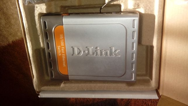 D-Link przelacznik 5-cio portowy Des 1005 D