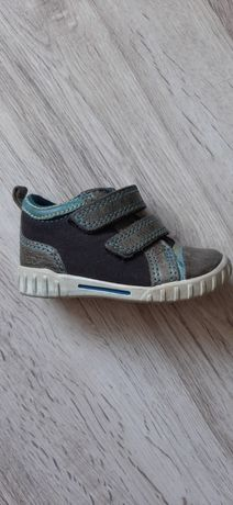 Buty dla dziecka rozmiar 20 Ecco wiosna
