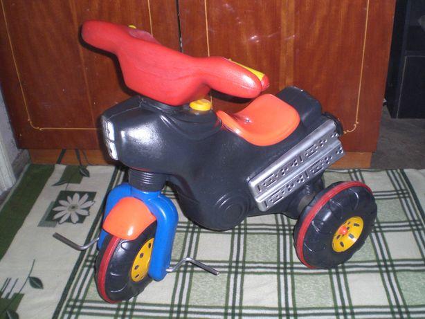 Трехколесный мотоцыкл Каталка Трехколесный велосипед