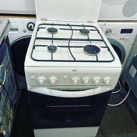 Плита газова Indesit в ідеальному стані