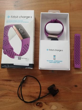 Fitbit Charge 3. Smartwatch, pulsometr.