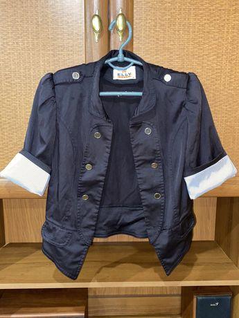 Черный женский пиджак