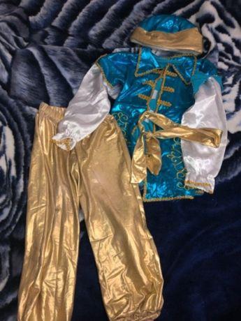 Новогодний карнавальный костюм принца на мальчика костюмчик