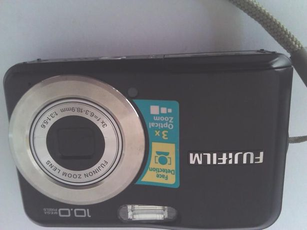 Maquina fotográfica fugifilme como nova