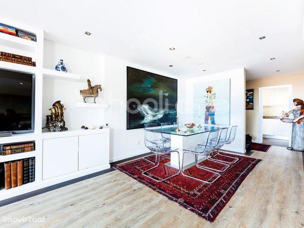 Apartamento T2 convertido em T1 no Monte Estoril, Cascais