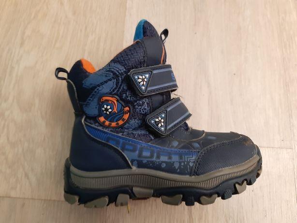 Ботинки на зиму. 24-ый размер