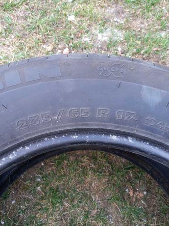 Opona Michelin 235/65R17