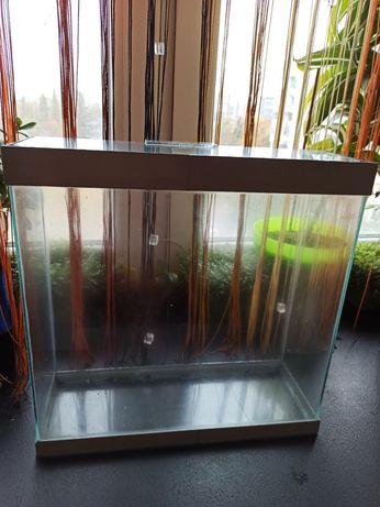 Продам аквариум с трещиной на дне