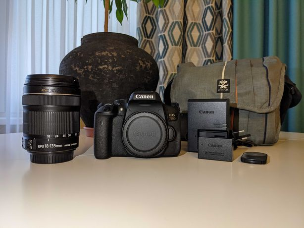 Зеркальный Canon EOS 750D Kit (18-135 IS STM/24 MP/Wi-Fi/NFC/Radio)