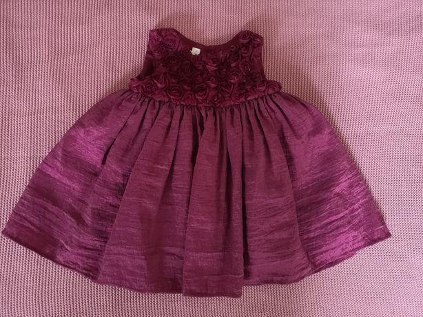 Śliczna sukienka 0-3 m-cy