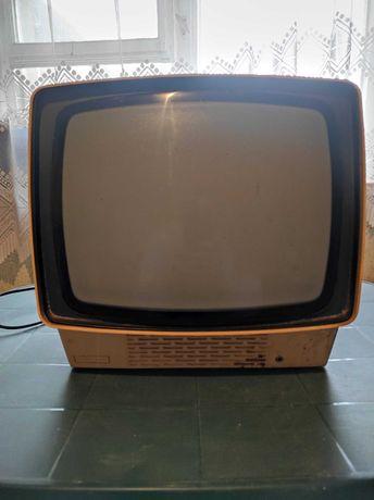 Telewizor UNITRA, sprawny, stary, PRL!