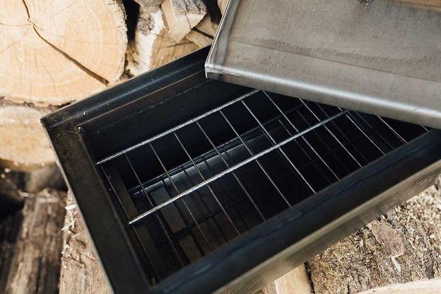 Новая коптильня горячего копчения,крышка домиком,с гидрозатвором.