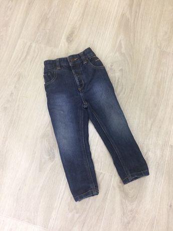 Одежда мальчику джинсы