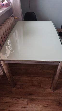 Stół szklany rozkladany