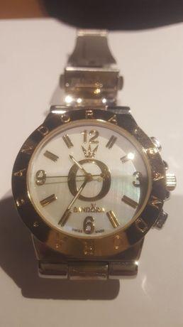 Zegarek damski Pandora.