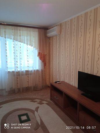 Продам 1 комнатную квартиру с евроремонтом .