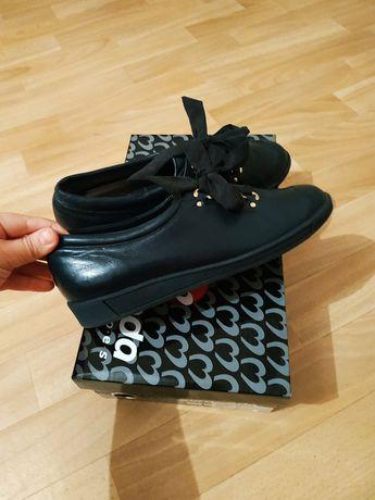 Ботинки туфли мокасины весна-осень женская новый