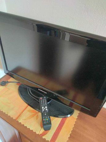 "Telewizor Samsung 26"" LCD LE26R81B 2xHdmi 1xPC SVGA"