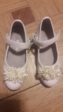 Продаю гарні черевики на леді