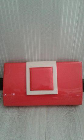 Piękna torebka kopertóka