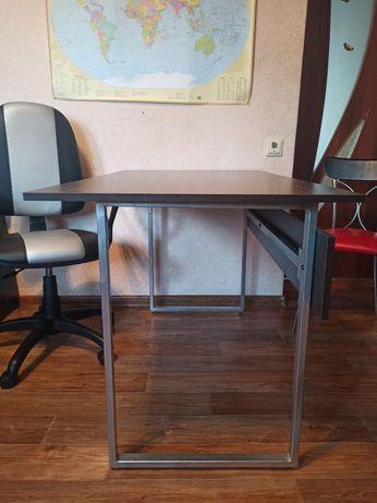 Стол и стул школьника