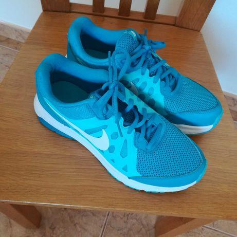 Ténis/sapatilhas Nike  T38,5 (com oferta)